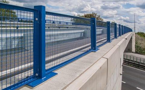 Svodidlo ZMS4-1/H2 na mostě ev.č. 5707