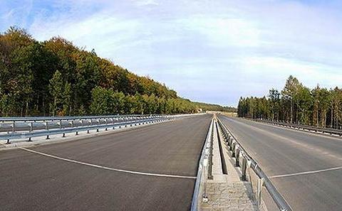 Panoramatický pohled na mosty na D6 a II/606