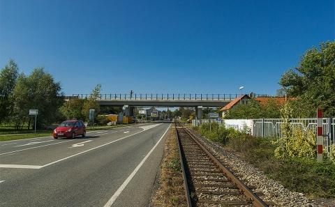 Most č.38-051 přes ulici Chrudimskou a žel.trať Čáslav-Třemošnice