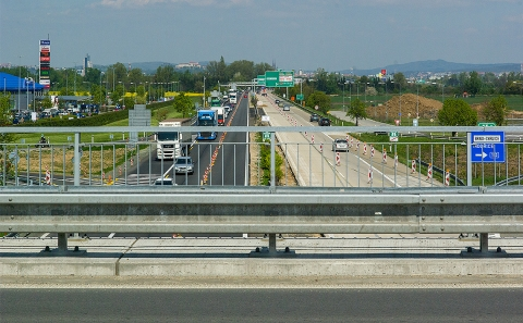 Svodidla MS4/H2 na mostě