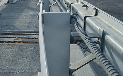 Svodidla MS4/H2 na Nuselském mostě