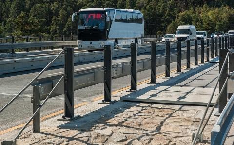 Svodidla ZMS4/H3 ve SDP na mostě D1-063